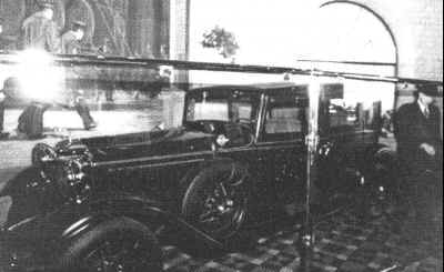 Dutch Schultz's car in a museum